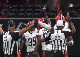 Jordan Elliott falls on Falcons' mishandled snap for takeaway