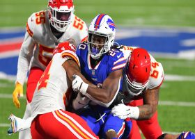 Chiefs stonewall Zack Moss in the backfield for third-and-1 stop