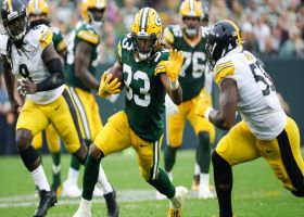 Aaron Jones has too much space to work with on 26-yard catch and run