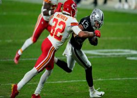 Hunter Renfrow gets Raiders near goal line on athletic play