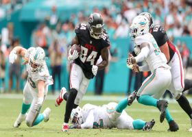 Matt Ryan finds Kyle Pitts in stride for 23-yard catch and run