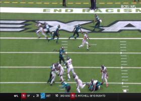 Tyrod Taylor locates Danny Amendola underneath for 5-yard TD
