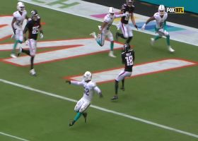 Matt Ryan rolls out and finds Ridley for TD snag on third down