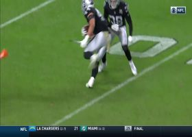 'Oh my goodness!' Nick Kwiatkoski stuns broadcaster with one-hand INT