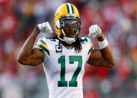 'He is unstoppable!' Michaels reacts to another Rodgers-to-Adams back-shoulder pass