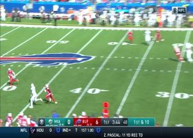 Fitzpatrick drops perfect deep throw in the bucket to Preston Williams for 30 yards