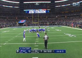Stephen Hauschka's screwball FG doinks its way through uprights