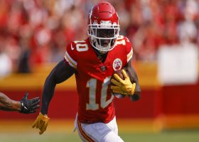 Tyreek Hill finds room in Browns secondary for 24-yard gain