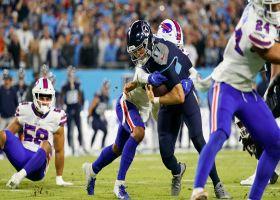 Ryan Tannehill keeps it himself on athletic zone-read TD