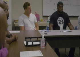 Cleveland Browns linebacker Christian Kirksey and tight end Seth DeValve show their support in their community