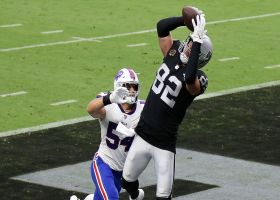 Raiders TD No. 1 for Jason Witten! TE makes clutch scoring grab before half