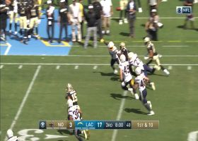 Taysom Hill hits Cyril Grayson on the move for 23-yard catch and run