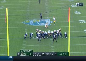 Mason Crosby launches 54-yard FG through to put Packers on the scoreboard