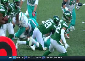 Neville Hewitt recovers Jordan Jenkins' fumble for second Jets' takeaway