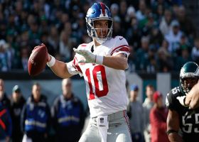 Eli shuffles in the pocket for 28-yard completion