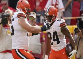 Browns' OL paves massive running lane for Chubb's untouched TD