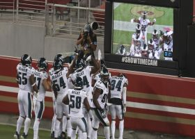 Eagles LB Alex Singleton cannot be stopped on game-changing pick-six