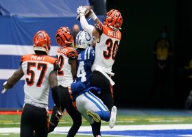 Can't-Miss Play: Jessie Bates MOSSES Zach Pascal for impressive INT