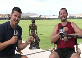 Derek Carr surprises brother David with 'Best Hair on NFL Network' award