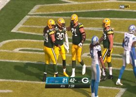 Jamaal Williams bulldozes over Lions defenders for two-point score