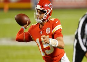 Mahomes' first TD pass of 2020 goes to Kelce in traffic