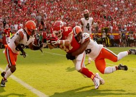 Kelce beats trio of Browns on second TD grab to give Chiefs the lead