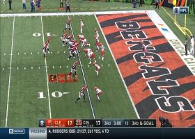 Ward wards off Burrow's fade throw to Green to force fourth down