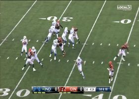 Chad Kelly shows pocket presence on 12-yard scramble