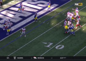 Kyle Rudolph pushes Rams defender for two-point conversion