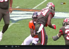 Bucs' heavy pressure sets up Lavonte David's leaping INT