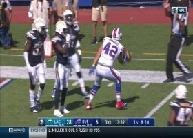 DiMarco secures diving catch despite bad throw