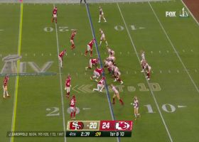 Raheem Mostert bursts through Chiefs' defense for 17 yards