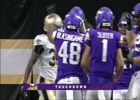 Kyle Sloter rainbows TD pass to Khari Blasingame