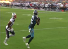 Mariota dissects Patriots' secondary on TD throw to Walker