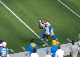 Can't-Miss Play: OBJ's unorthodox toe-tap yields 13 yards