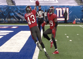 Cockrell's toe-tapping punt save helps Bucs pin Giants at own 3-yard line