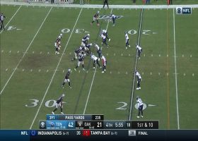 DeAndre Washington takes Derek Carr's dumpoff 24 yards near pylon