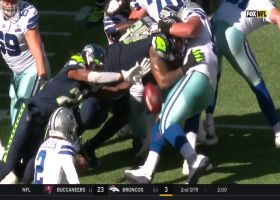 6-foot-3 Tre Flowers extends to block Cowboys PAT try