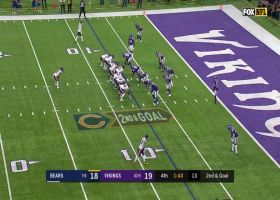 Vikes try to let Montgomery score quick, rookie goes down on heads-up play