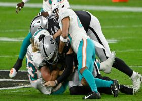 Fins converge for third-down sack to drop Raiders out of FG range