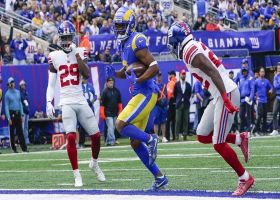 Robert Woods finds soft spot in zone coverage for 15-yard TD