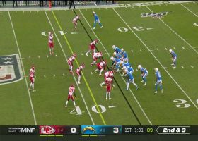 Mike Pennel overwhelms Bolts' OL to sack Rivers for big loss