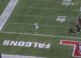 Teddy B finds Mike Davis wide open for TD