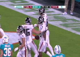 Outstanding blocking ends in untouched 30-yard TD for Caleb Huntley