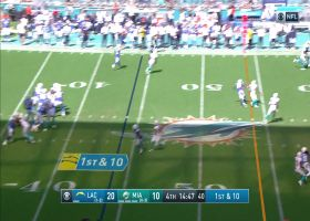 Dontrelle Inman reels in back-shoulder throw for 25-yard gain