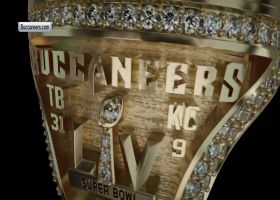 Tom Brady, Bucs show off iced-out Super Bowl LV rings