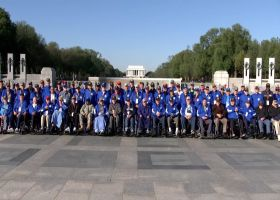 Honor Flight: Nate Boyer, Lions legends say special thank you to war veterans