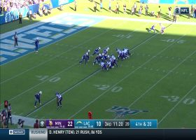 Vikings block Bolts' punt to set offense up with great field position