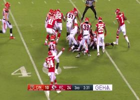 Chiefs recover own punt after Bengals make inadvertent contact