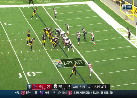 Roethlisberger tosses quick strike to JuJu for a two-point conversion